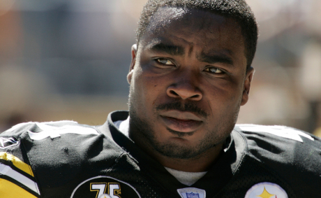 NFL Agrees To End Race-Based Brain Testing In $1 Billion Settlement